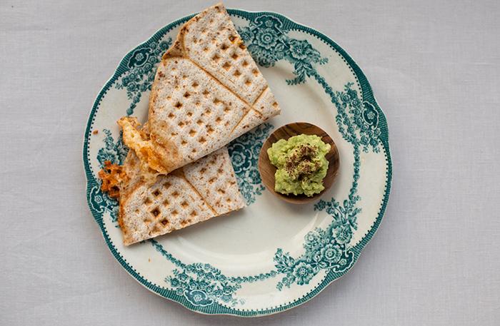 Tacovåfflor med guacamole-dip